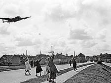 12 oktober 1944: Geallieerden krijgen veel luchtsteun van de Britten