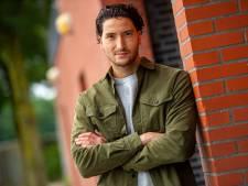 Tarkan is pas 25, maar wordt nu al bestuurslid bij ASC Nieuwland: 'Ik ben een kind van de club'