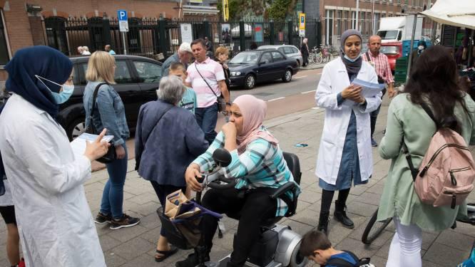 Artsen de markt op en prikken in de moskee in de race tegen exploderende besmettingscijfers
