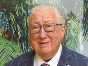 """PORTRET. """"Hij leerde zijn volk de wereld ontdekken, nu is hij zelf aan zijn ultieme reis begonnen"""": bezieler 'De Blauwe Vogel' Willy-Paul Carlier (81) onverwacht overleden"""