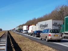 A1 tussen knooppunt Azelo en Rijssen weer open na ongeval
