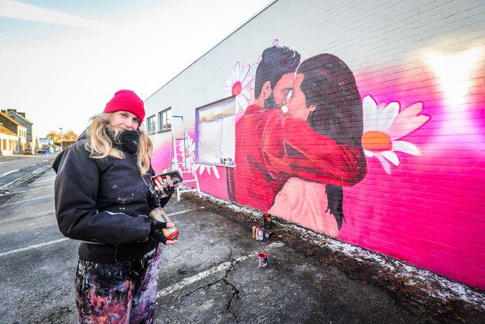 Route d'amour: in de Vinkemstraat 3 in Vinkem werd een muurtekening aangebracht.