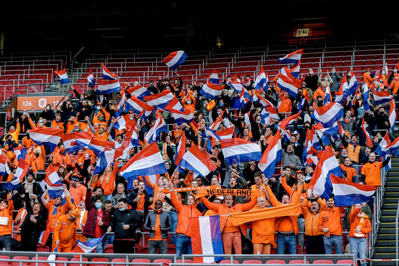 'Testpubliek' tijdens een wedstrijd van het Nederlandse elftal tegen Letland Beeld Photo News
