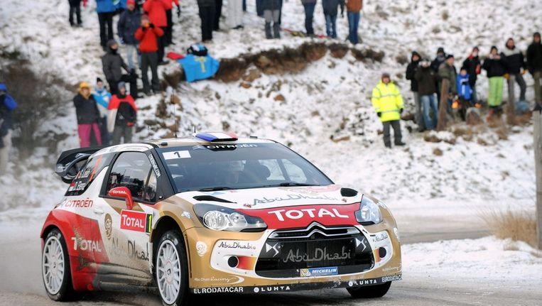Sebastien Loeb gaat aan de leiding na de eerste dag van de rally van Monte-Carlo. Beeld AFP