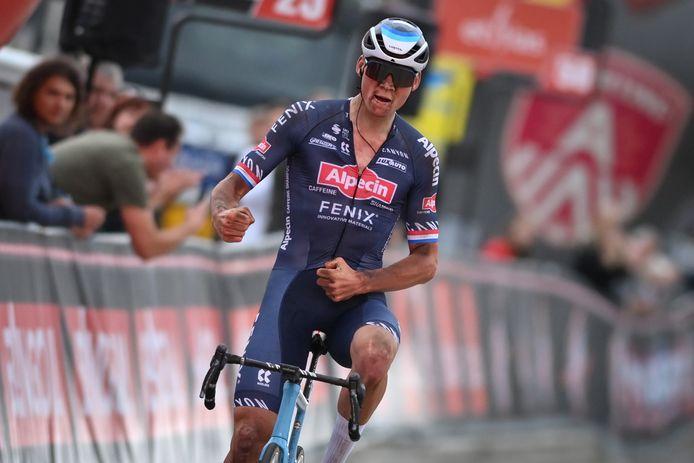 Mathieu van der Poel doet mee aan het WK wielrennen in Leuven.