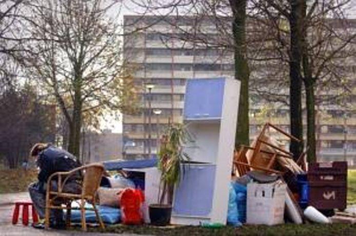 Woningcorporaties in Midden- en West-Brabant pleiten voor een maatregel om huisuitzettingen tegen te gaan: 'Houd automatisch huur in op de uitkering van huurders met financiële problemen.'