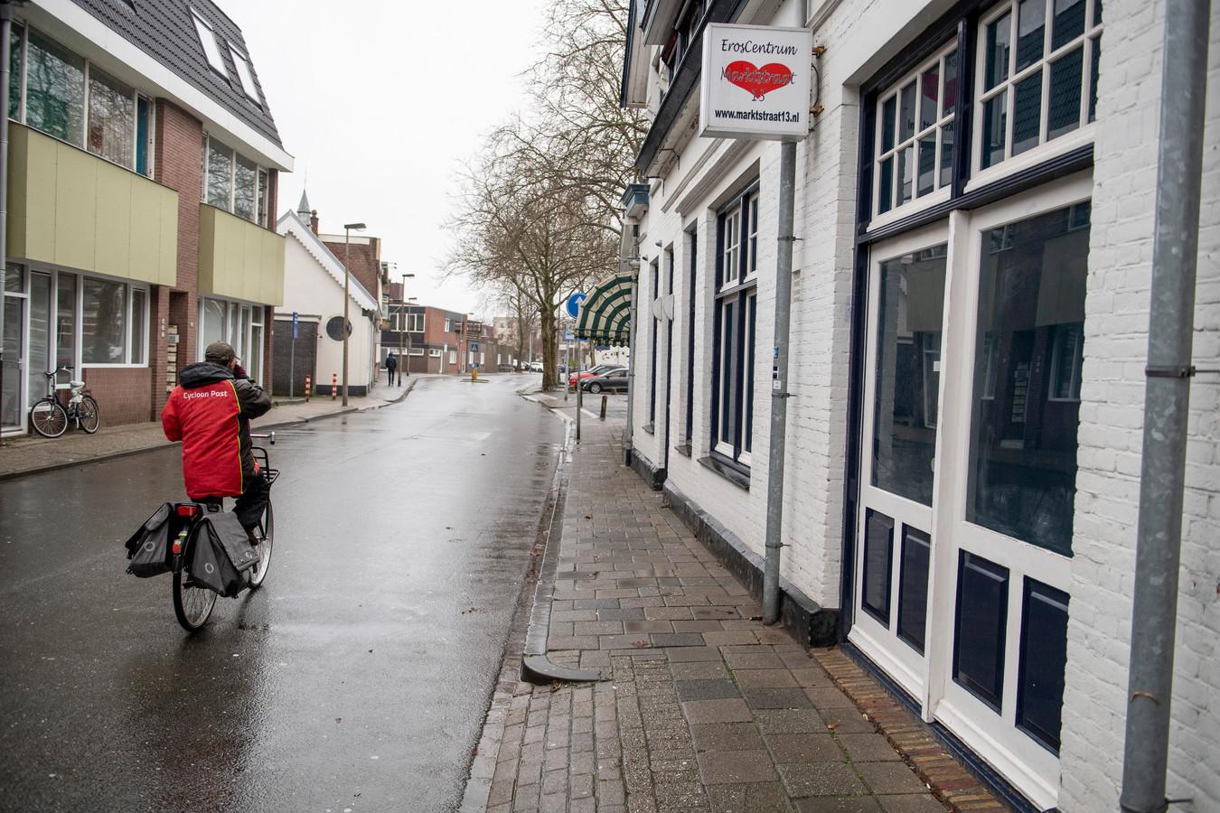 In het pand Markstraat 13 komt mogelijk in de toekomst weer een bordeel.