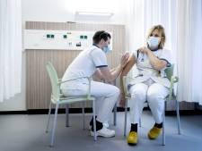 303 nieuwe besmettingen en drie doden: Lees het laatste coronanieuws bij