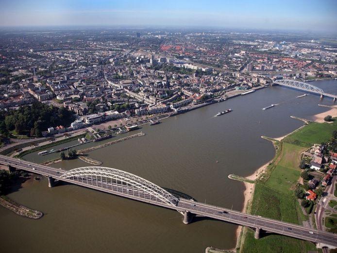 De Waal bij Nijmegen.