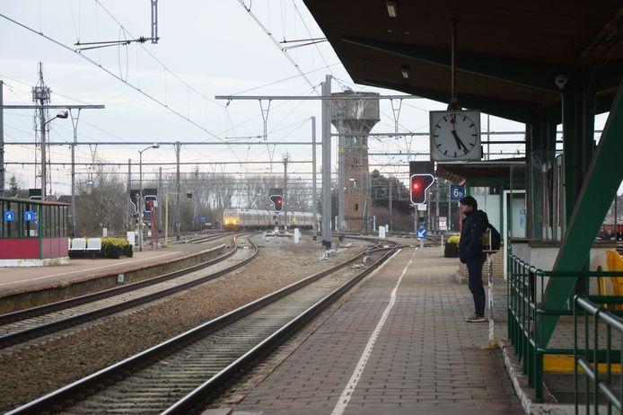 Het station van Denderleeuw.