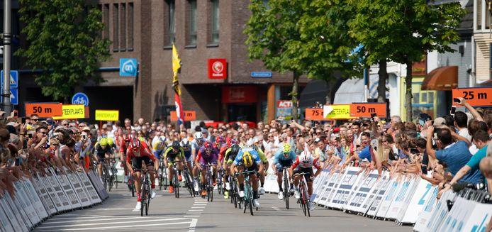 In juni 2019 finishte een etappe van de ZLM Tour in Tilburg