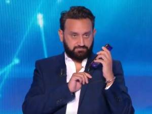 """C'est le Pakistanais"", Cyril Hanouna appelle Marine Le Pen en plein direct"