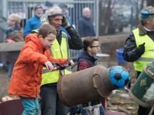 Geen knallende melkbussen meer, einde aan carbid-traditie in Zutphen