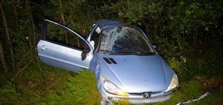 Bestuurder verliest macht over stuur op A50 tussen Heerde en Hattem: bijrijder raakt gewond