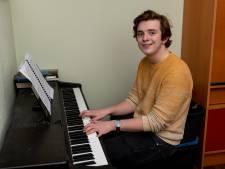 Saaie hobby? Niet voor Jord (21), hij componeerde een indrukwekkend muziekstuk dat acht (!) minuten duurt