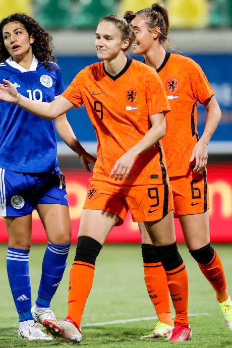 LIVE   Leeuwinnen op jacht naar monsterscore tegen Cyprus na hattrick Jill Roord