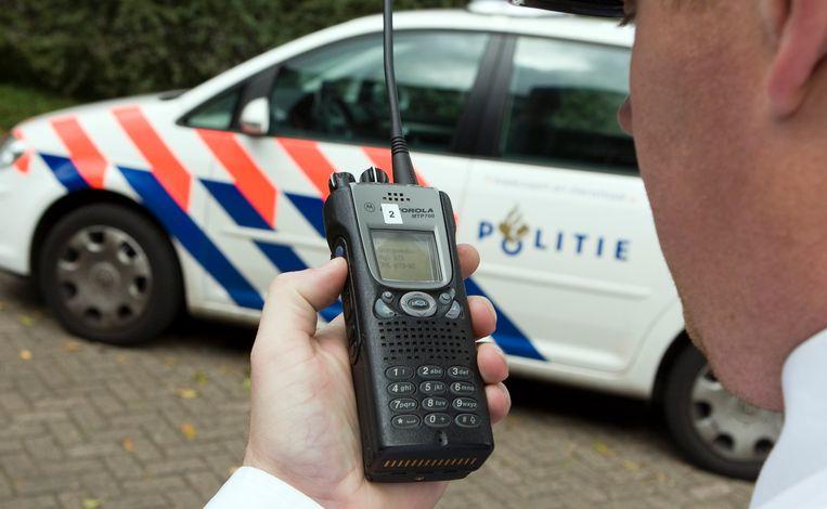 Een (oude) C2000 portofoon. Foto ter illustratie. Beeld ANP