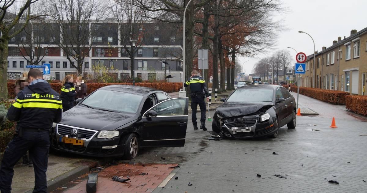 Politie gehinderd door weggebruiker na ongeval in Waalwijk: 'Mijn broekspijpen worden er bijna af gereden'.