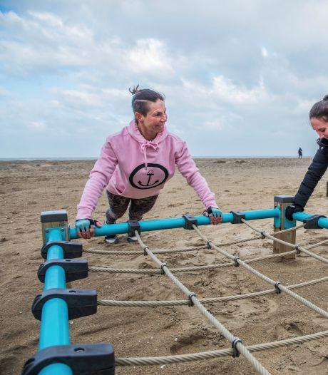 Sporten op het strand met windkracht 8: 'Dit trekt me door deze moeilijke tijd heen'