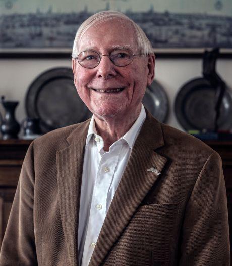 Historicus Hardy Beekelaar (87) maakte de oorlog mee, maar is véél te jong om achter de geraniums te zitten