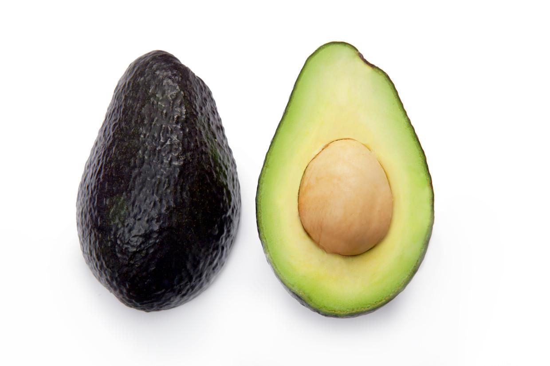 Voor de productie van een ton avocado's is 1.981 kubieke meter water nodig. Voor olijven is dat 3.000 kubieke meter. Beeld Shutterstock