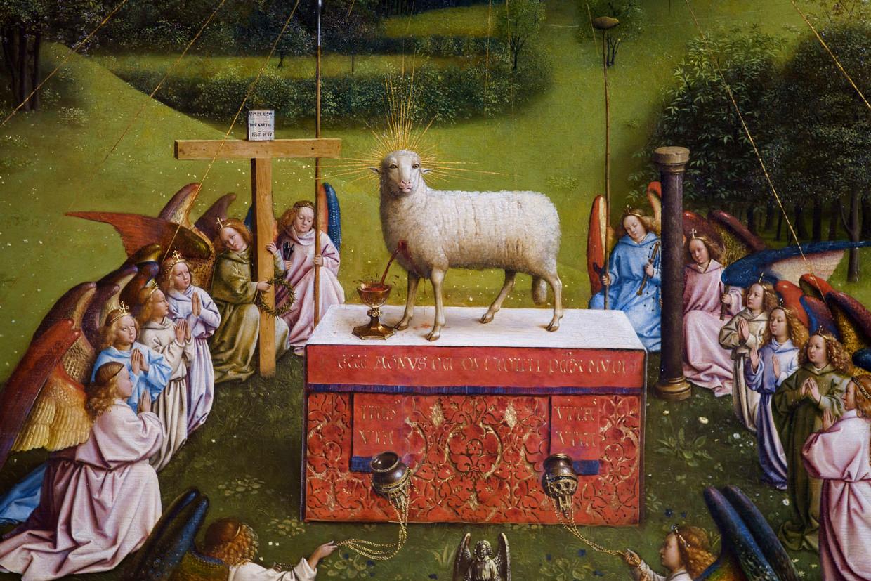 Het lam op het altaar. Beeld Eric de Mildt