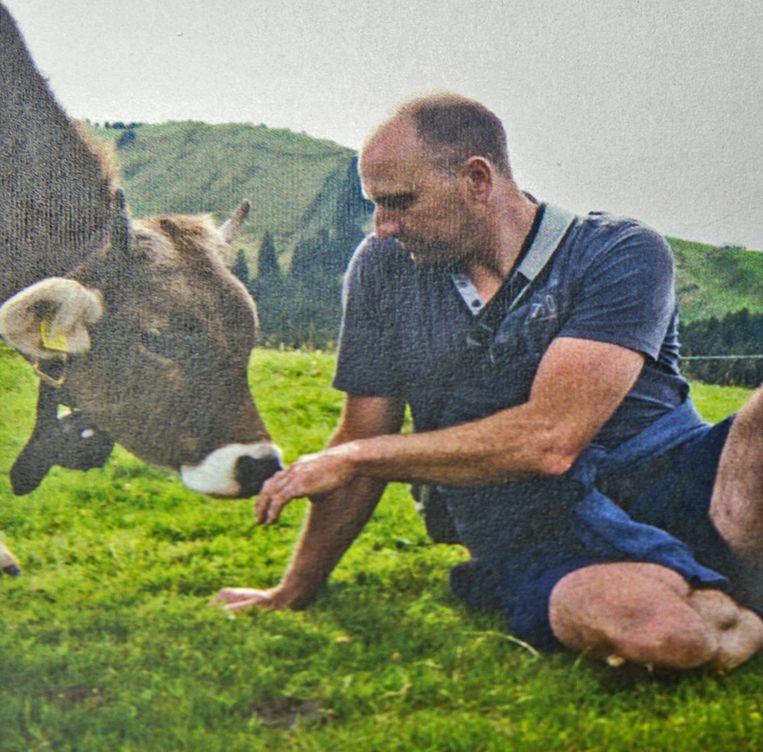 Ook op het gedachtenisprentje van landbouwer Koen Schoeters was zijn liefde voor zijn dieren zichtbaar.