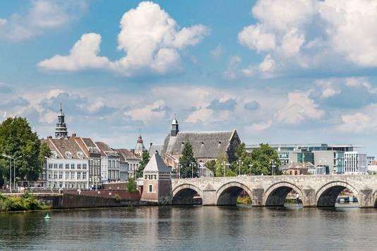 Maastricht is een van de steden die een woonplicht overweegt. Het kabinet gaat onderzoeken of een landelijke invoering mogelijk is.