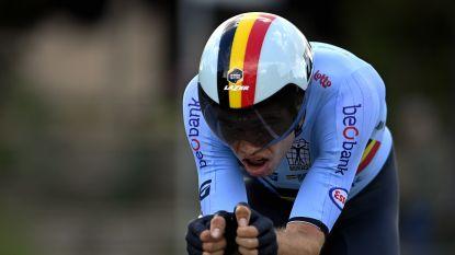 """Wout van Aert treurt niet over verloren goud en kijkt met vertrouwen uit naar zondag: """"Ik voel nog steeds de benen van vorige week"""""""