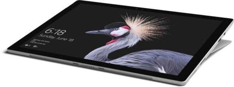 Met de Surface Pro hebt u een krachtige Windows 10-tablet aan een scherpe prijs. Beeld Microsoft