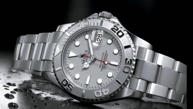 Bedrijfsleider licht verzekering op voor zogezegd gestolen Rolex horloges