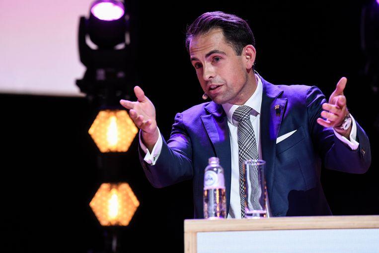 Tom Van Grieken: 'De kans is groot dat de Vlaams Belang-pagina's op sociale media anders tegen de verkiezingen van 2024 verwijderd worden.' Beeld Photo News