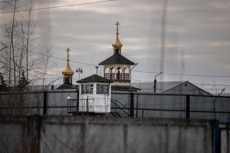 Beeld van een orthodoxe kerk op het terrein van strafkolonie nummer 2 in de Russische stad Pokrov op 1 maart 2021. Beeld AFP