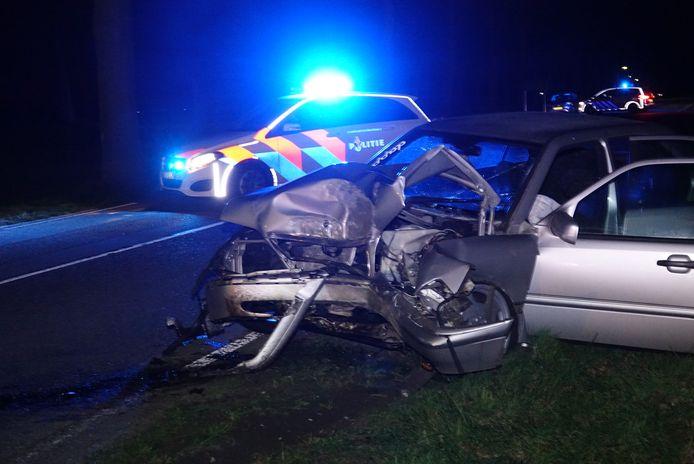Bij een eenzijdig ongeval op de Hardenbergerweg is vrijdagavond een gewonde gevallen.