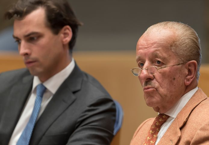 Thierry Baudet en Theo Hiddema in de Tweede Kamer.