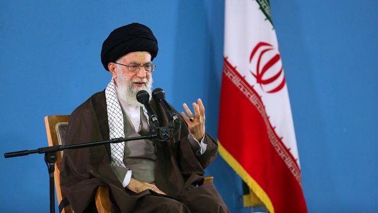 Ahatollah Khamenei tijdens zijn speech voor Iraanse studenten in Teheran.