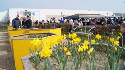 Veel volk voor opening van openbaar volkstuintjespark van maatwerkbedrijf OptimaT