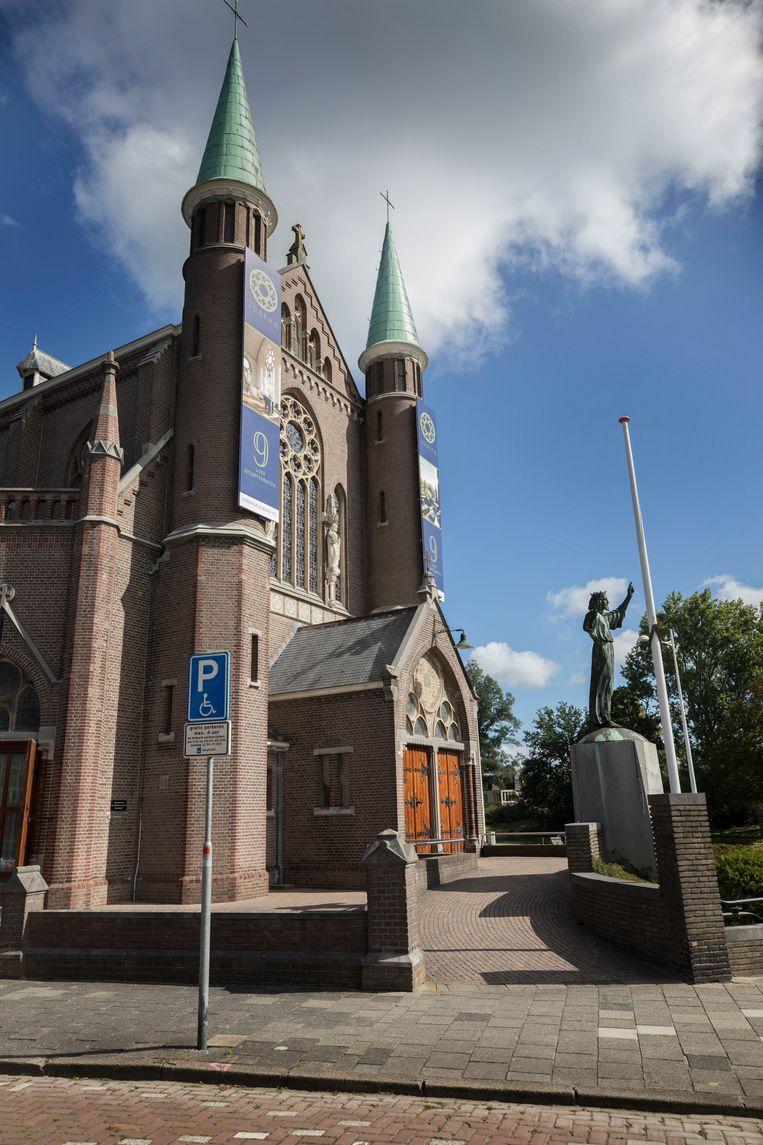 De Josephkerk.  Beeld Werry Crone