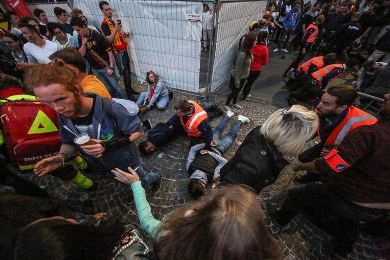 Dinsdag kwam het tot relletjes, ondermeer nadat iemand met een Franse vlag in het rond had gezwaaid en Belgische supporters had uitgedaagd.