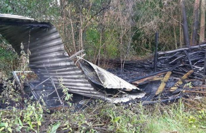 Een schuurtje in Drongelen is maandag in vlammen opgegaan.