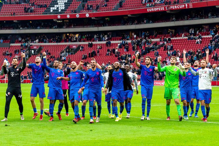 FC Utrecht viert de overwinning in de Johan Cruijff ArenA Beeld Pro Shots / Marcel van Dorst