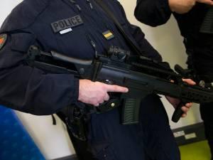 """Deux policiers de la """"Bac"""" mis en examen pour trafic de drogue et corruption"""