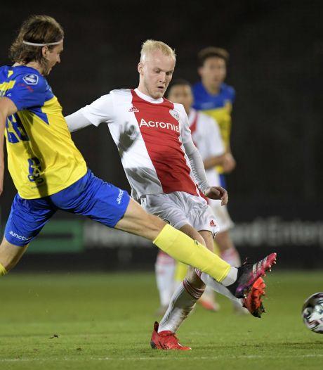 Cambuur spoelt Amsterdamse kater weg met ruime bekerzege op amateurs Ajax