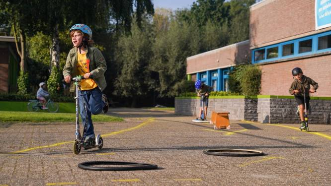 Stappen, steppen en trappen: Basisschool De Schans neemt deel aan Strapdag