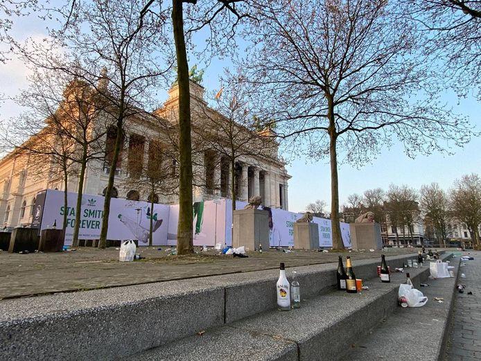 Een beeld van het plein voor het Museum van Schone Kunsten.