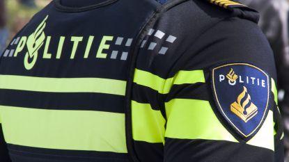 Man sterft bij nieuwe schietpartij in Amsterdam: twee verdachten op scooter openen vuur op wagen