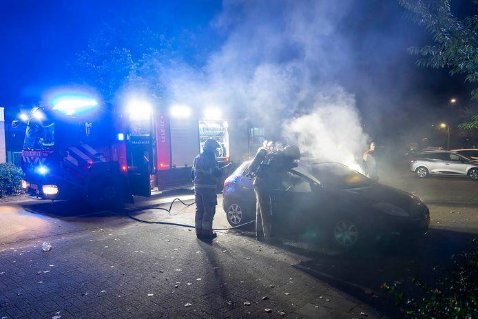 De politie doet onderzoek naar de branden in Oss