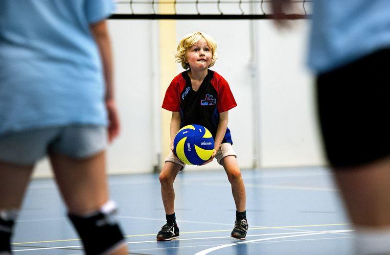 Volleybal Mini's toernooi, CMV Niveau 2, Haarlem Beeld Klaas Jan van der Weij