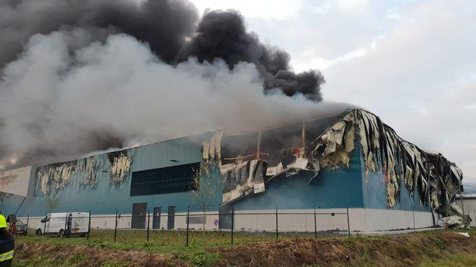 De schade is groot, na de brand in Kesteren.
