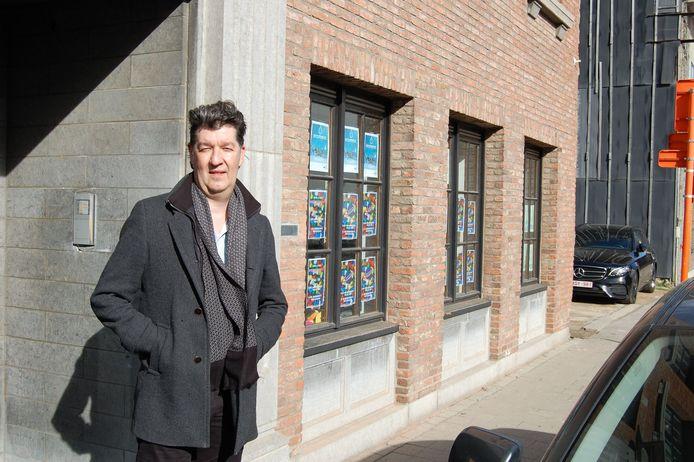 Filip Vercauteren bij het Inloophuis in Rupelmonde waar de hygiënewinkel zal worden ondergebracht.